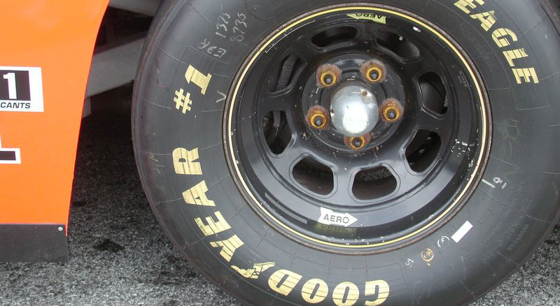 goodyear eagle racing tire