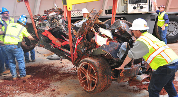 2001 Mallett Hammer Corvette destroyed by sinkhole