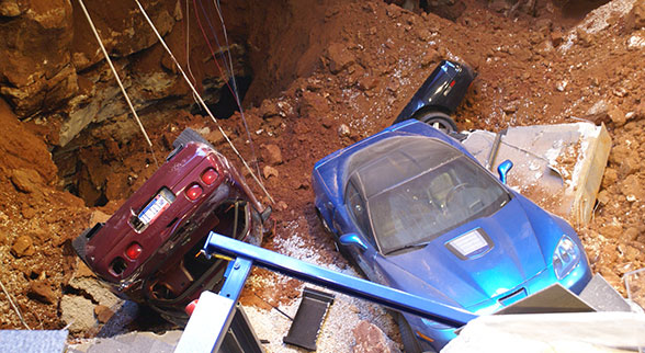 corvettes in sinkhole