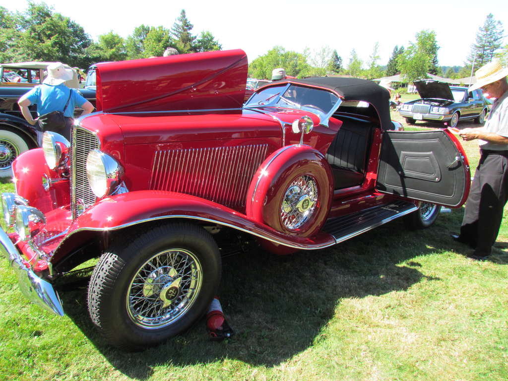 Cars We Love: 1933 Auburn 12-Cylinder Boattail Speedster