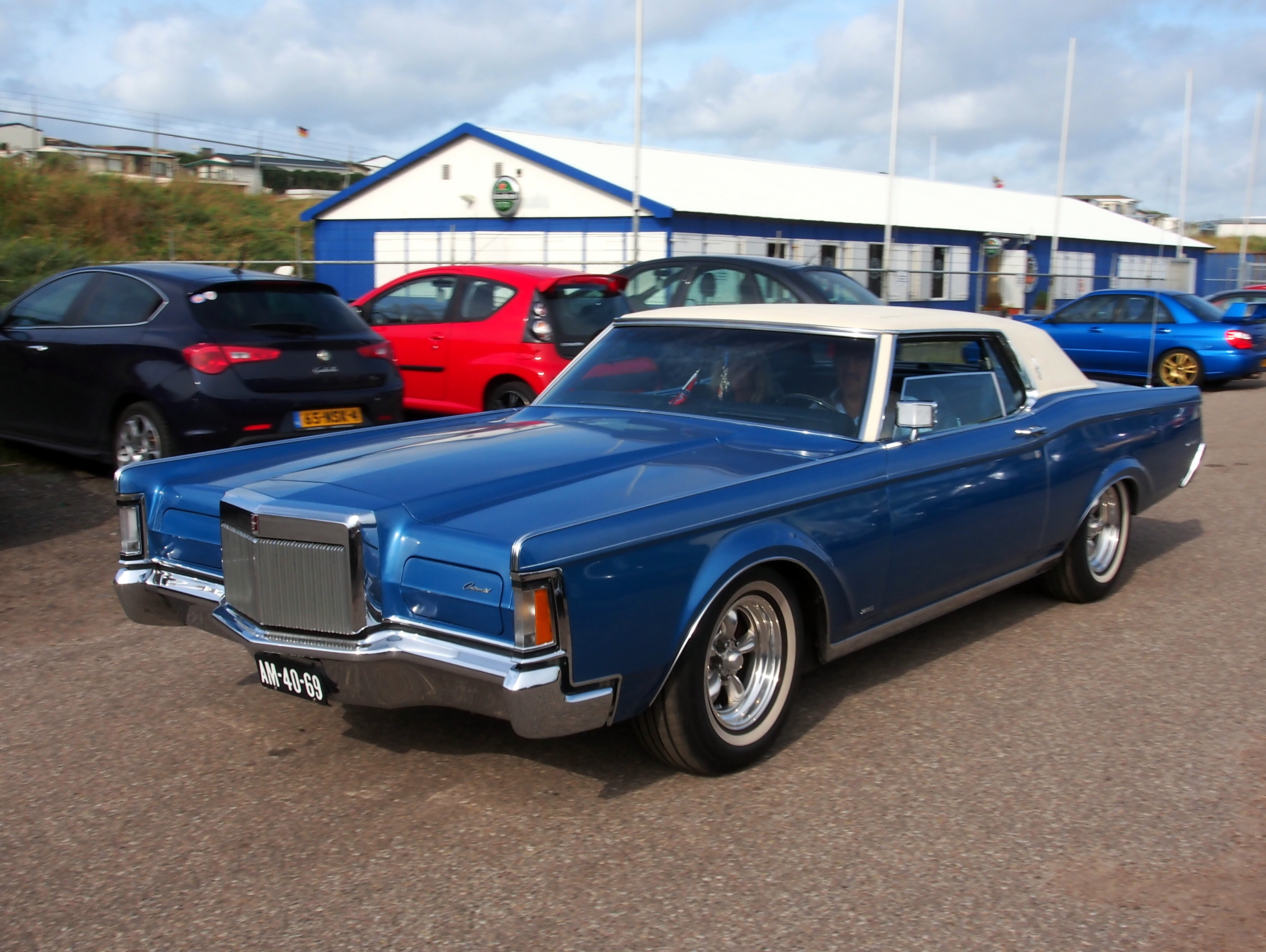 Cars We Love 1971 Lincoln Continental Mark Iii Tirebuyer Com Blog