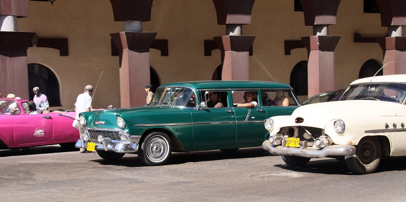 Old Chevys in Cuba