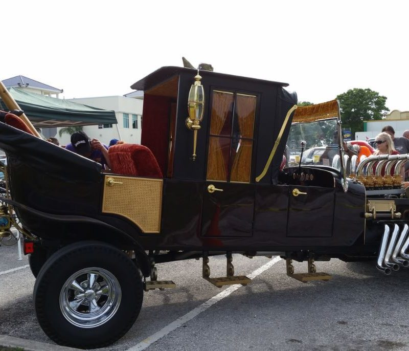 Horror Cars From The Munsters Munster Koach And Drag U La
