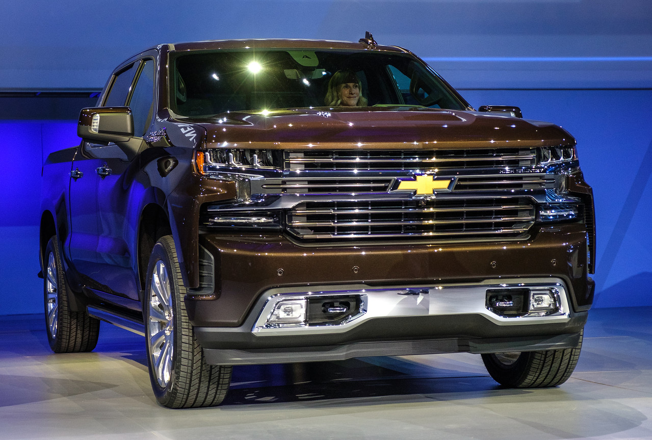 Trucks & SUVs We Love: 2019 Chevrolet Silverado 1500 ...