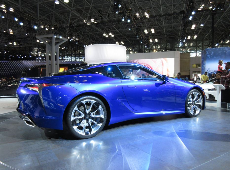 Highlights from the 2018 New York International Auto Show | TireBuyer
