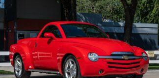 Trucks & SUVs We Love 2003-2006 Chevrolet SSR